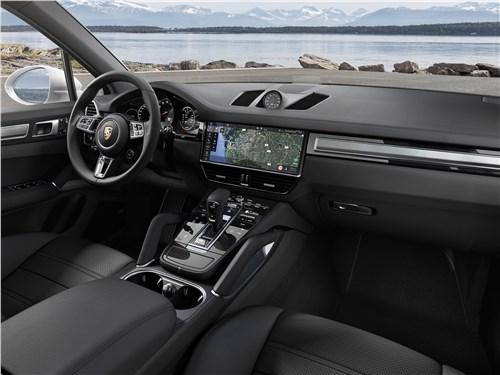 Porsche Cayenne 2018 салон