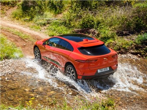 Jaguar I-Pace 2019 вид сзади
