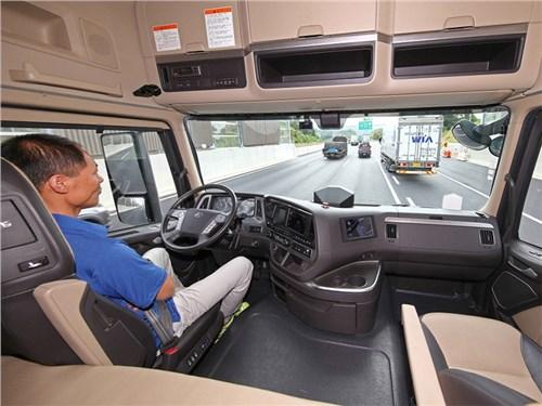 Новость про Hyundai - Hyundai Xcient