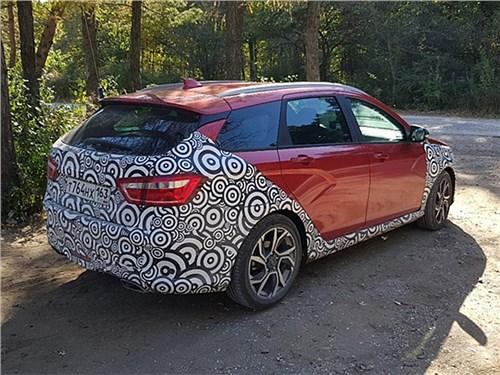 Новость про Lada Vesta - Спортивный вариант Lada Vesta вышел на испытания