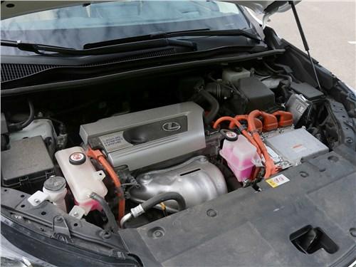 Предпросмотр lexus nx 2018 nx 300h двигатель
