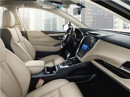 Subaru Legacy 2020 передние кресла
