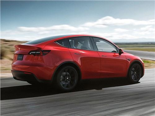 Tesla Motors Model Y - Tesla Model Y 2021 вид сзади