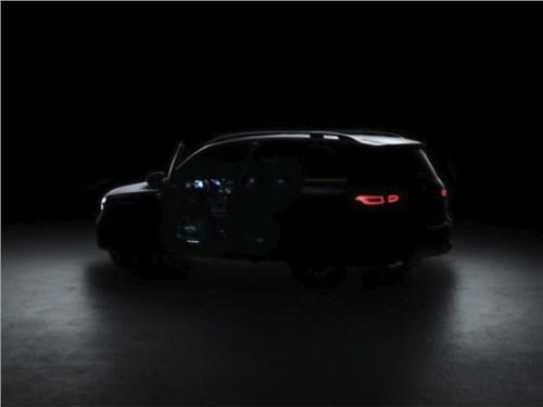 Mercedes-Benz показал тизер серийного GLB