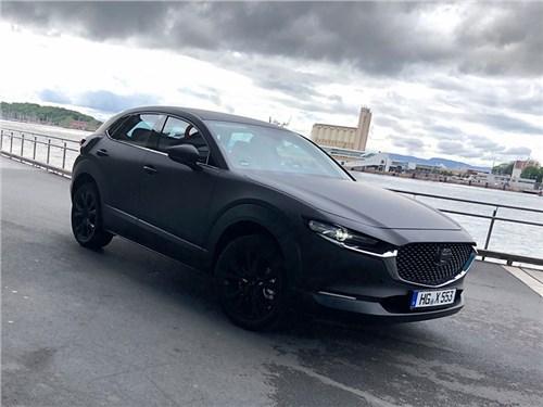 Электрокар Mazda заметили на тестах