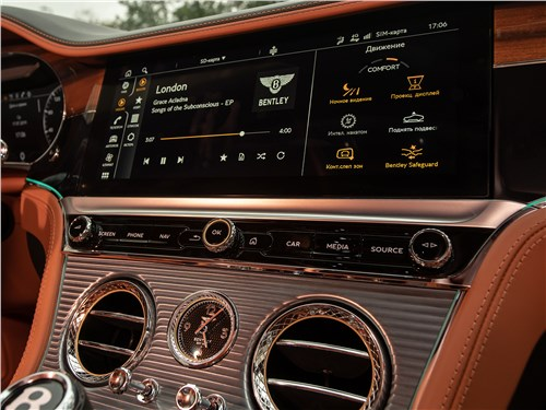 Bentley Continental GT 2018 монитор интерфейса