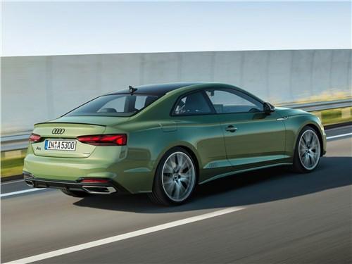 Audi A5 Coupe 2020 вид сзади