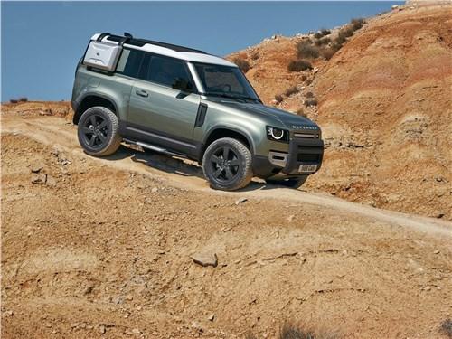 Land Rover Defender 90 2020 вид спереди сбоку