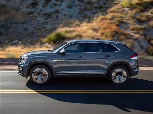 Volkswagen Atlas Cross Sport 2020 вид сбоку