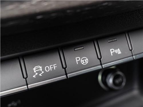 Audi A5 Coupe 2020 управление трансмиссией