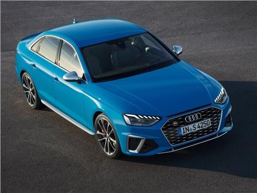 Audi S4 TDI 2020 вид спереди сверху