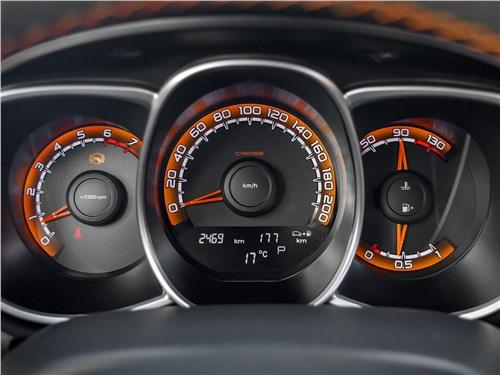 Lada Vesta SW 2019 приборная панель