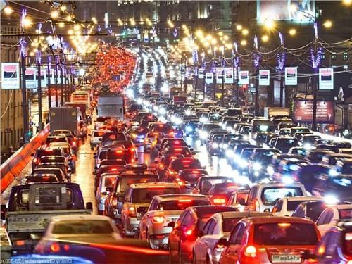 Власти Москвы предупредили о пробках накануне праздников