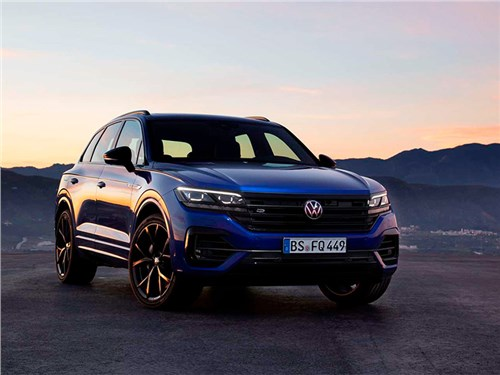 Volkswagen Touareg стал очень мощным гибридом