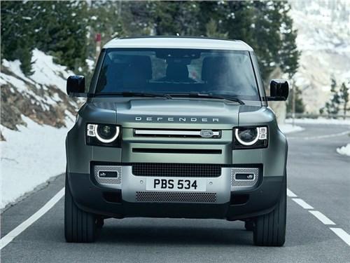 В Land Rover собираются построить «маленький» Defender