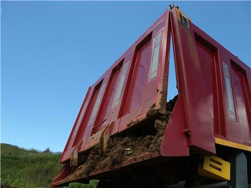 IVECO Trakker AD410T41 кузов