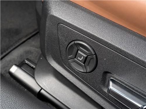 Audi A6 45 TDI (2020) переднее кресло