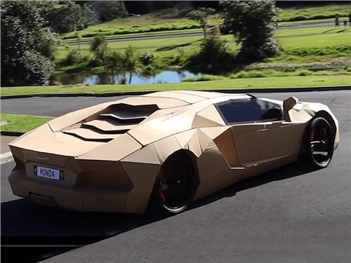 Автомобиль Lamborghini построили из картона