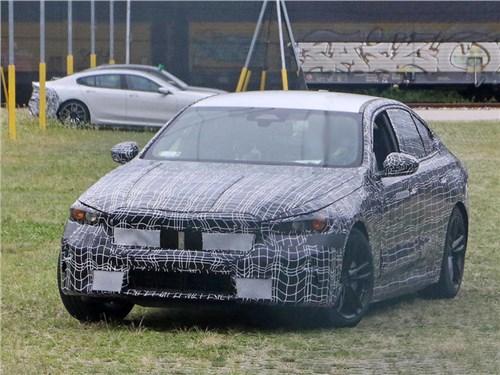 BMW выпустила на тесты электрическую «пятерку»