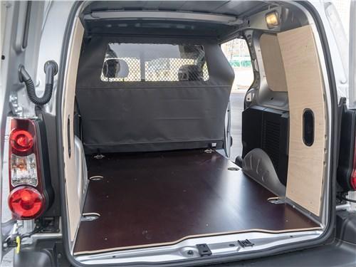 Предпросмотр peugeot partner tepee (2016) багажное отделение