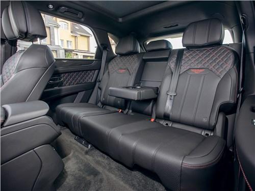 Bentley Bentayga (2021) задний диван