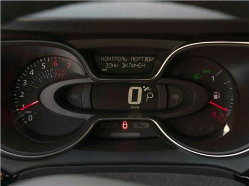 Renault Kaptur (2020) приборная панель