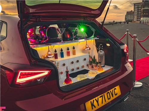 Seat Ibiza превратили в ночной клуб