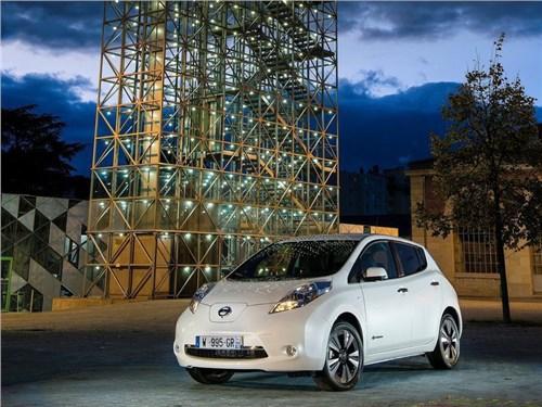 Новость про Nissan Leaf - Nissan готовится к проведению дорожных тестов своих «беспилотников»