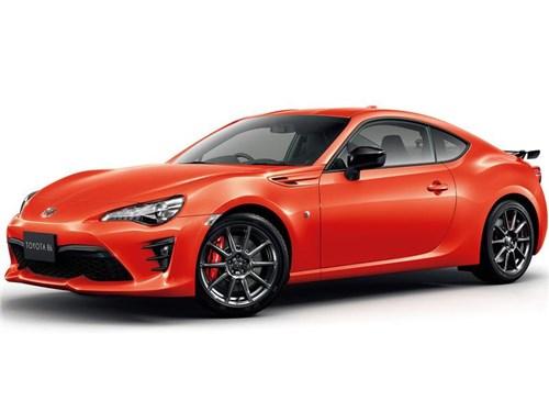 Toyota выпустила две новые версии GT86