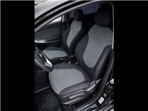 Предпросмотр hyundai solaris 2012 передние кресла