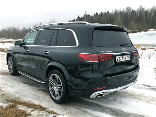 Mercedes-Benz GLS 2020 вид сзади