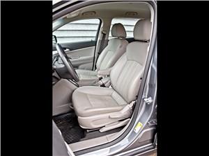 Chevrolet Orlando 2013 передние кресла