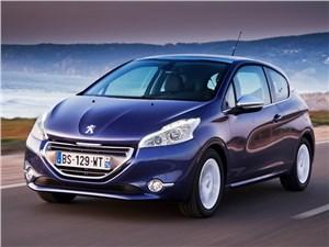 В России начались продажи Peugeot 208 с «роботом»