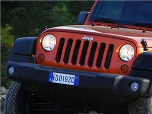 Jeep Wrangler получит восьмиступенчатую автоматическую коробку передач