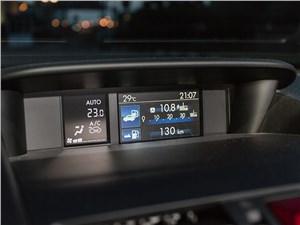 Subaru WRX 2015 монитор