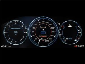 Cadillac Escalade 2015 приборная панель