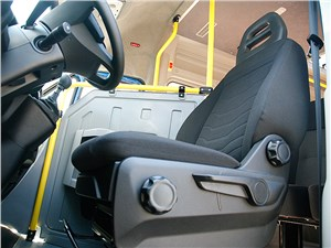 Предпросмотр iveco daily 2015 переднее кресло