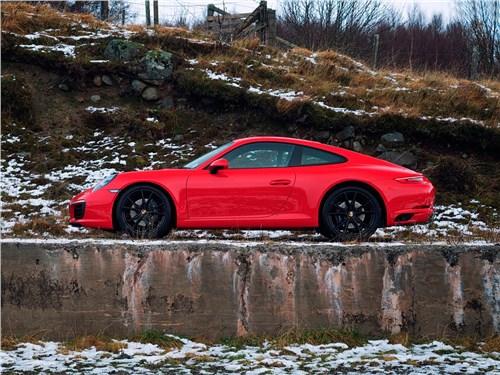Предпросмотр porsche 911 carrera s 2016 вид сбоку