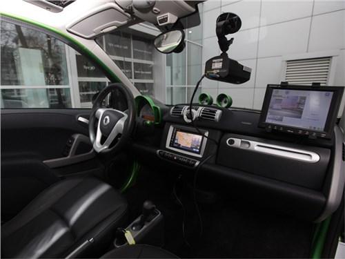 Московские парковки будут патрулировать электрические автомобили
