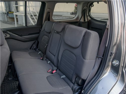 Nissan Pathfinder 2010 задний диван