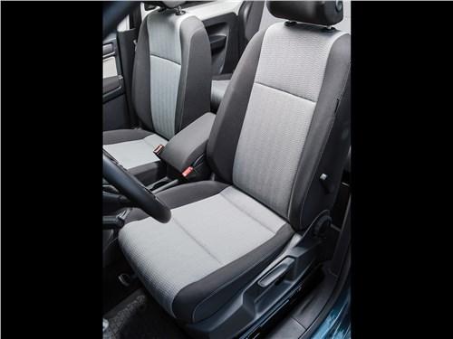 Volkswagen Caddy Maxi 2016 передние кресла