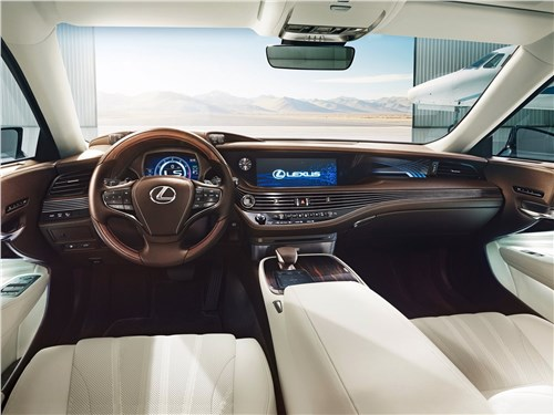 Lexus LS500 2018 салон