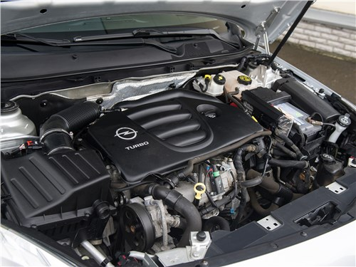 Opel Insignia 2009 двигатель