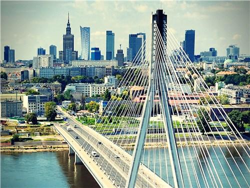 Мост Святого Креста – первое вантовое сооружение на реке Висла в Варшаве