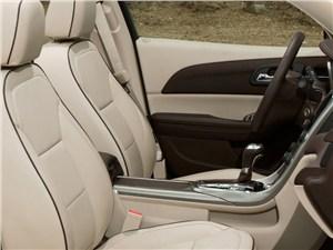 Chevrolet Malibu - Chevrolet Malibu 2012 интерьер