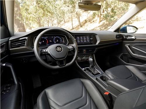 Четыре двери Jetta - Volkswagen Jetta 2019 салон