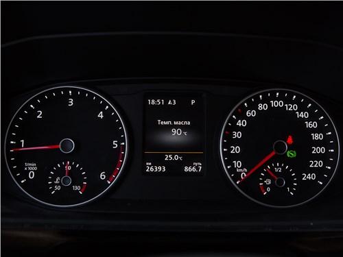 Предпросмотр volkswagen multivan highline приборная панель