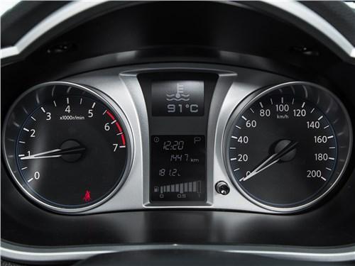 Datsun on-DO 2017 приборная панель