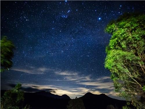 Так близко и так много звезд на небе мы еще никогда не видели