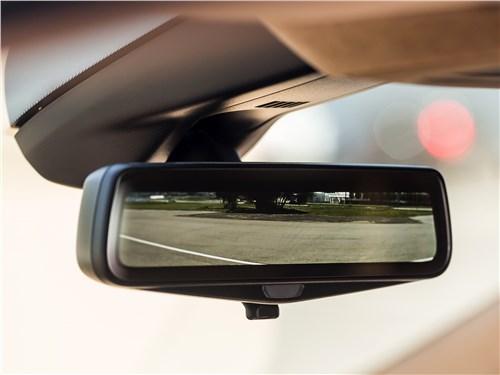 Cadillac XT5 2017 салонное зеркало